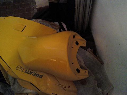 Vendo ducati 749 999 carene vtr 749 999 02 03 04 del 2003 for Moto usate in regalo